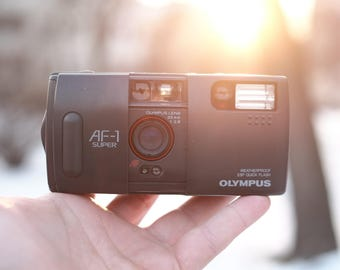 Olympus AF-1 Super - The Clamshell predecessor of the Mju-1 - Great Yashica T5 T4 / Yashica T3 Alternative