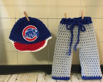 Newborn Chicago Cubs baseball hat and pants, Chicago Cubs baby hat and pants, baby  Cubs clothes, newborn Cubs outfit, Cubs baby Halloween