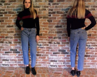 High Waist Levi Jeans//high waist levis straight leg mom jeans Levi Strauss 28 29 waist