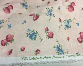 Atsuko Matsuyama Linen Fabric - Strawberry and floral, light pink - half yard