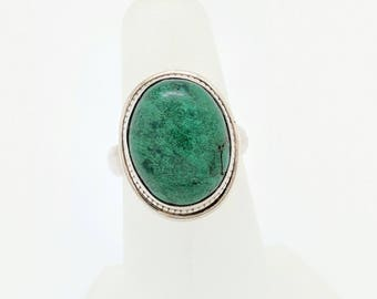 Sterling Silver Green Stone Ring Size 6