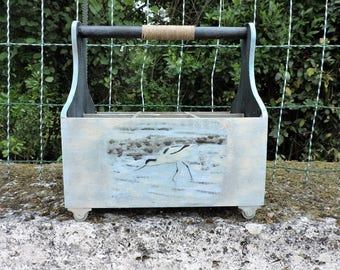 "TRANSFER ON WOOD ""WADING"" BOTTLE CARRIER"