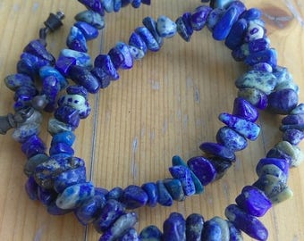 "ON SALE Vintage Lapis Lazuli Chip Beads Necklace with Barrel Clasp 16"" Natural Lapis Stone Free Form Beaded Necklace,"