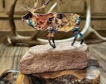 Bull Elk Metal Art, Elk Ornament On Stone, Elk ANTLER, Deer Antler, Vintage Decor, Home Decor, Gift Ideas, Hunting Gifts, Animal Figurines