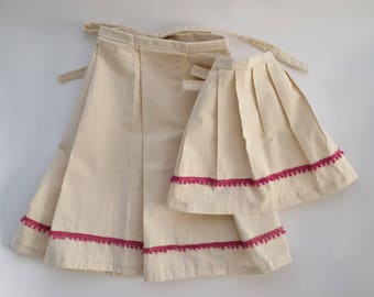 Mommy and Me Half Apron Set: Fuchsia Pomp Trim