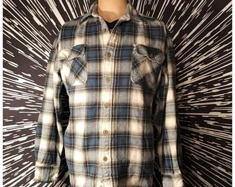 Vintage 90s Blue Plaid Grunge Flannel! Sz. L