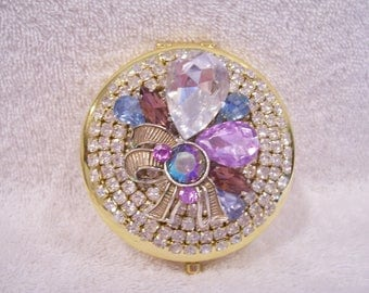 Rhinestone Compact Mirror, Jeweled Compact Mirror. Bridesmaid Gift, Shower Gift, Mothers Day Gift, Birthday or Holiday Gift.