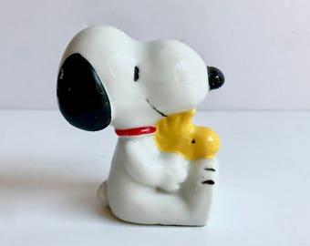 Vintage Snoopy & Woodstock Figurine. Schulz Copyright 1958, 1965, 1966,1972 United Feature Syndicate, Inc. Porcelain Ceramic Knick Knack