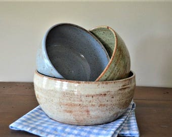 Rustic country mixing bowl set, stacking bowls, vegetable bowls, baking dishes, country decor, country kitchen, ceramic bowls