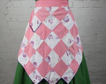 Vintage 40s Pink & Floral Print Quilt Pattern Feedsack Apron