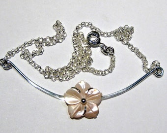 flower nacre collier  silver 925%