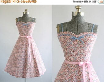 BIRTHDAY SALE... Vintage 1950s Dress / 50s Cotton Dress / Pink Polkadot Dress w/ Sweetheart Neckline L