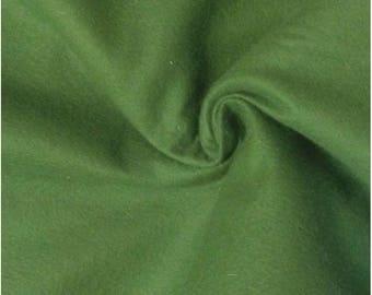 """Green felt, soft and lightweight, width 90 """""""" 100% polyester 295 grm2"""