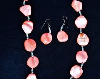 oN sALE!! Vintage HAWAIIAN SHELL Necklace & Earrings Set Sterling Silver
