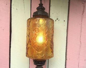 Vintage Swag Light, Vintage Amber Swag Light, Amber Glass Shade, Vintage Swag Lamp, Vintage Pendant Light, Hanging Lamp