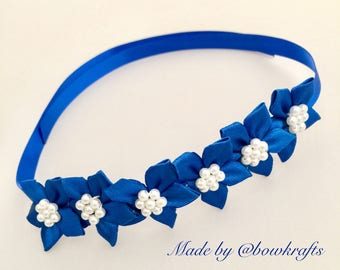 Royal blue bun flower wreath