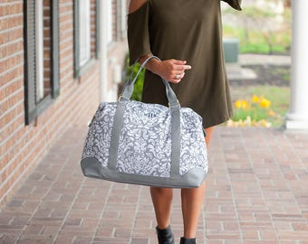 FREE Personalization, LARGE WEEKENDER Bag, Carry on Bag, Monogrammed Duffel Bag, Extra Large Bag, Weekender, Overnight bag, Duffel