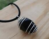 Polished Apache Tears Obsidian, Apache Tears Jewelry, Mourning Jewelry, Chakra necklace, Black stone pendant, Macrame Healing Stone Necklace