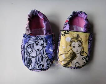 Princesses ~ Stay-On Shoes/Slippers ~ Size 3-6 months ~ READY TO SHIP!
