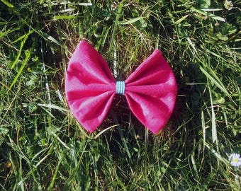 Pink fushia hair bow