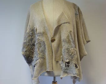 Extravagant natural linen vest with felted decoration, XL size. Only one sample.