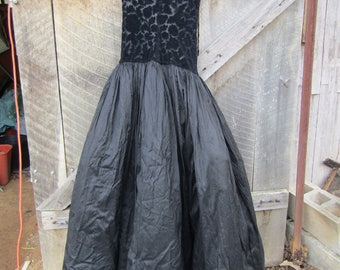 Linda Allard Ellen Tracy black formal silk dress