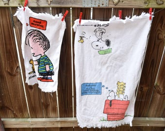 Vintage Snoopy Peanuts Towels - 1971