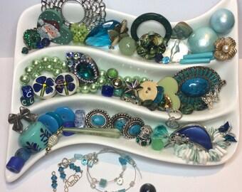 DESTASH Lot Beautiful Blues Junk Jewellery Rhinestone Upcycle Embellish Create Decorate Mixed Media Art