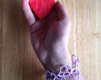 Lilac bracelet with beads//tatting//handmade//gifts for her//personalized gifts