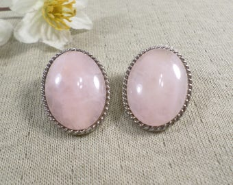Beautiful Vintage Silver Tone Pair Of Pink Stone Clip On Earrings  DL# 4634