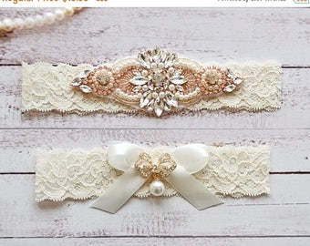 ON SALE Wedding Garter, NO Slip Lace Wedding Garter Set, bridal garter set, pearl and rhinestone garter set, vintage rhinestones Style A2032
