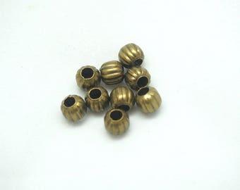 25 striation bronze 6mm round beads