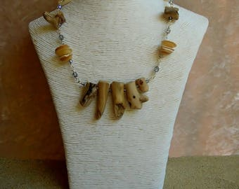 Driftwood & SIRENA shells necklace