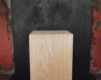 End table 25 X 25 X 40 cm