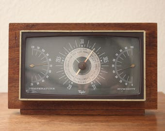 Vintage Taylor Wooden Weather Station  Made in Rochestor,  U.S.A with Humidity, Alititude, and Temputure