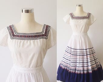 1950s Vintage Patio Shirt and Skirt Set | 50s White and Blue Circle Skirt and Shirt Set