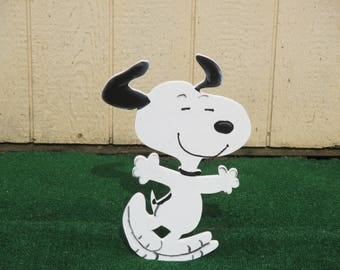 Peanuts Snoopy Dancing Yard Sign