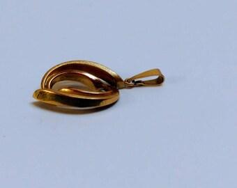 Vintage 8k gold fantasy pendant