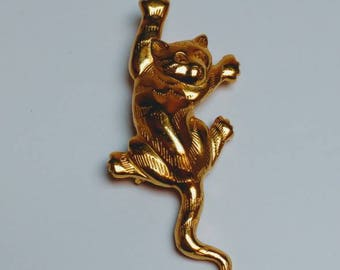 Vintage cat brooch climbing tiger