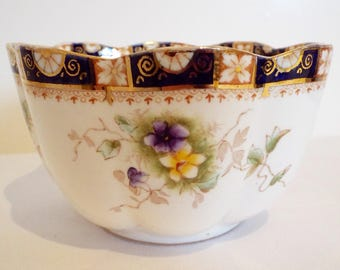 Edwardian Antique Sugar Bowl With White And Purple Violets. Edwardian China Bowl Ideal for Serving Berries Or Snacks. Great For Tea Time