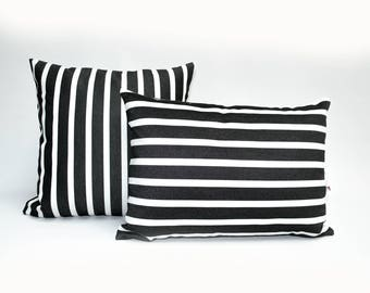 OUTDOOR Pillow cover, decorative cushions in Sunbrella Shore Black and White with colored piping (to choose), Sunbrella exterior fabric