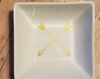 Gold Arrows Ring Dish - 5 by 5 inch Square Ring Dish - Trinket Dish - Perfect Gift - Wedding Gift - Engagement Gift - Jewelry Dish