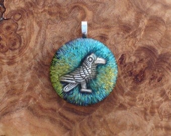 Beltane Raven / Crow Totem Spirit Turquoise Green Crystal Ormus Orgone Unisex Necklace Pendant 27mm Friendship Abundance Luck Cleverness