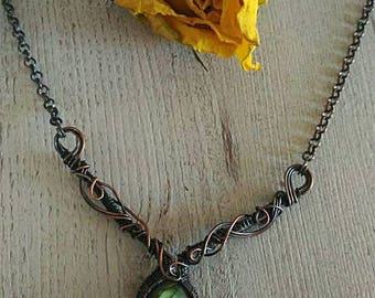 Green labradorite collar