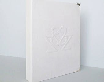 Personalized Wedding Album, Made To Order, Custom Leather Photo Album, White Monogrammed Leather Gift for Couple, Honeymoon, Anniversary