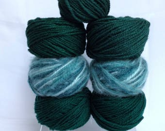 Chunky Yarn for Bulky Knitting, Thick Variegated Yarn & Solid Forest Green Shades of Soft Yarn for Fiber Art Work or Knitting Handmade Gifts