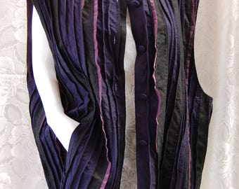 Vintage Hulda Bridgeman Wearable Art Pleated Silk Noile Vest Sleeveless Jacket with Pockets Plus Size XL Navy Black Eggplant Purple Like New