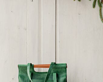 Green leather bag with wooden handles - Leather tote bag - Bag with front pocket  - Leather tote - Shopping bag - Wooden handles purse
