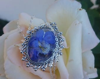 Wedding / gift Original and exclusive necklace between flower and FILIGREE