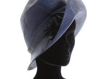Vintage 1970s does 1920s navy blue straw hat